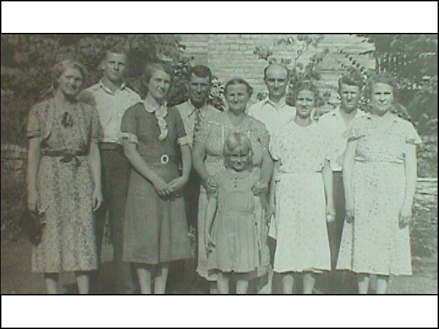Norval's family, Lawerence Co.