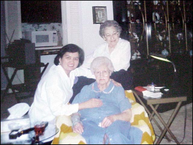 Nina with Marjorie and Nana