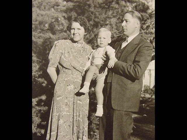 Parents, Agnes and Fred, Sr.
