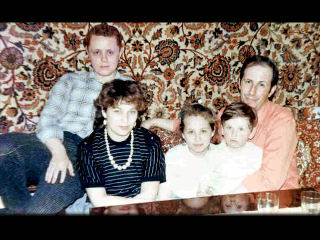 Leon and Vova with his family